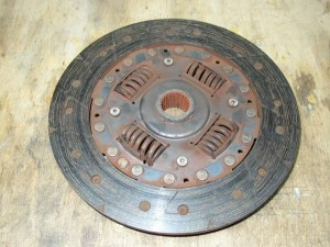 Buying a used off-road vehicle - Clutch plate