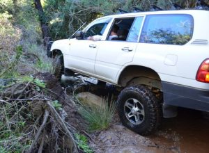 rock-crawling-and-wheel-articulation