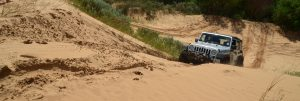 sand-driving-with-jeep-wrangler