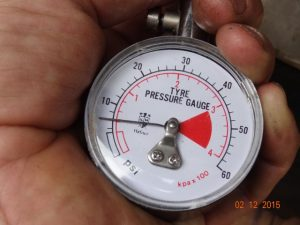 best-recovery-tool-tyre-pressure-gauge